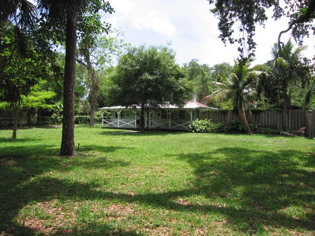 FEATURED PROPERTY - 1712 SW 24th Street