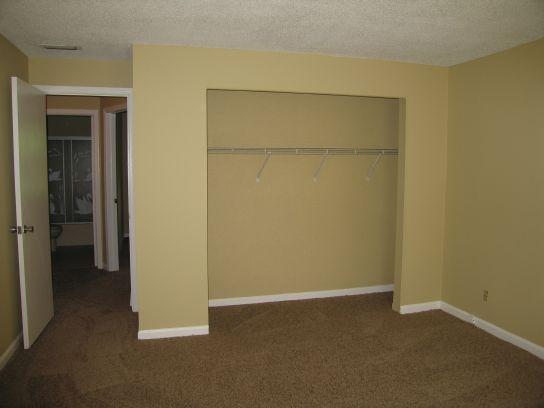 1590n-second-bedroom-closet-1