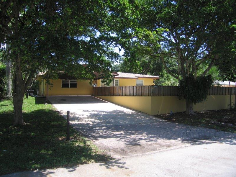 FEATURED PROPERTY - 1821 SW 29 St